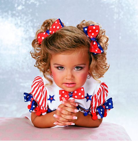 child beauty pageant glamour photo