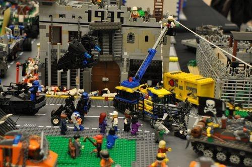 brickcon lego zombie apocafest